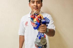 Estudiante y triatleta del COBAO