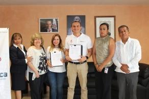 Firman COBAO y AFS convenio para impulsar intercambios culturales